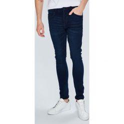 Only & Sons - Jeansy Spun. Niebieskie jeansy męskie slim marki Only & Sons. W wyprzedaży za 79,90 zł.