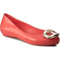 Baleriny ZAXY - Pop Charm Fem 81999 Red 90084 W285014. Czerwone baleriny damskie Zaxy, z tworzywa sztucznego, na płaskiej podeszwie. W wyprzedaży za 149,00 zł.