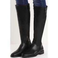 Czarne Kozaki Horse Ride. Czarne buty zimowe damskie marki Kazar, ze skóry, na wysokim obcasie. Za 79,99 zł.