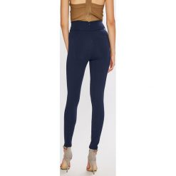 Guess Jeans - Legginsy Conchita. Szare boyfriendy damskie Guess Jeans, l, z dzianiny. Za 319,90 zł.