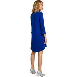 LILA Rozkloszowana sukienka z szerokimi rękawami - chabrowa. Niebieskie sukienki na komunię Moe, na imprezę, rozkloszowane. Za 159,90 zł.