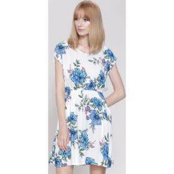 Sukienki hiszpanki: Biała Sukienka Sensibly Girl