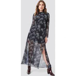 Trendyol Długa sukienka z nadrukiem - Black. Szare długie sukienki marki Trendyol, na co dzień, z elastanu, casualowe, dopasowane. Za 121,95 zł.