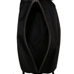 Kosmetyczki męskie: Calvin Klein EASE WASHBAG Kosmetyczka black