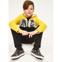 Tenisówki typu slip on - smiley company - Czarny. Brązowe buty sportowe chłopięce marki Reserved. W wyprzedaży za 49,99 zł.