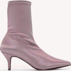 Botki damskie lity: NA-KD Shoes Satynowe botki z miękką cholewką - Pink,Purple