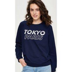 Bluzy damskie: Bluza z napisami – Granatowy