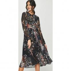 Answear - Sukienka. Szare sukienki na komunię ANSWEAR, na co dzień, l, z poliesteru, casualowe, midi, plisowane. Za 149,90 zł.