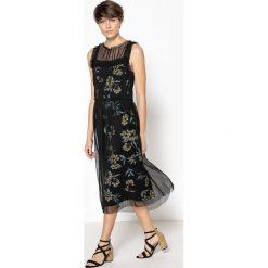 Sukienki hiszpanki: Prosta sukienka bez rękawów
