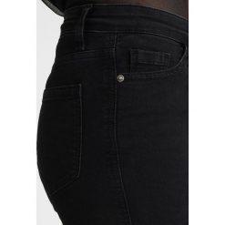 Miss Selfridge SOFIA Jeans Skinny Fit black. Czarne boyfriendy damskie Miss Selfridge. Za 169,00 zł.