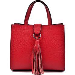 Torebki klasyczne damskie: Skórzana torebka w kolorze czerwonym – (S)22 x (W)25 x (G)17 cm