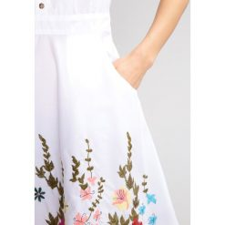 Sukienki hiszpanki: Ivko Sukienka letnia offwhite