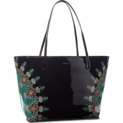 Torebka DESIGUAL - 18WAXO02 2000. Czarne torebki klasyczne damskie Desigual, ze skóry ekologicznej. Za 349,90 zł.