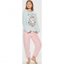 Dwuczęściowa piżama z jednorożcem - Niebieski. Niebieskie piżamy damskie Cropp, l. Za 89,99 zł.