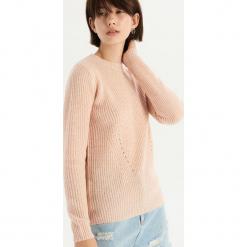 Sweter z ażurowym zdobieniem - Kremowy. Białe swetry klasyczne damskie marki Sinsay, l. Za 49,99 zł.