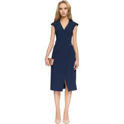 Zakładana Kopertowo Granatowa Sukienka Midi z Guzikami. Czerwone sukienki marki Molly.pl, l, z jeansu, biznesowe, z dekoltem na plecach, z długim rękawem. Za 128,90 zł.