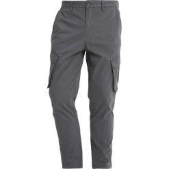Bojówki męskie: Burton Menswear London TAPERED Bojówki grey
