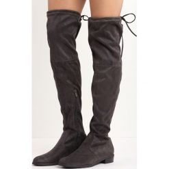 Kozaki Espresso Dark Grey. Brązowe buty zimowe damskie marki Born2be, z okrągłym noskiem, za kolano, na płaskiej podeszwie. Za 79,99 zł.