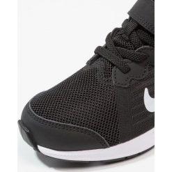 Buty sportowe dziewczęce: Nike Performance DOWNSHIFTER 8 PS BK Obuwie do biegania treningowe black/white/dark grey