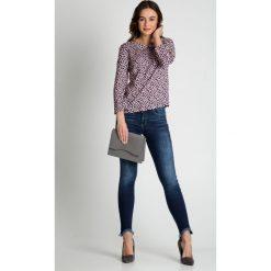 Bluzki asymetryczne: Granatowa bluzka w różowe kwiatki BIALCON