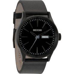 Zegarki męskie: Zegarek męski All Black Nixon Sentry Leather A1051001