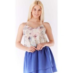 Bluzka Lekka Wzorzysta na Cienkich Ramiączkach - Jasne Kwiaty. Brązowe bluzki wizytowe Molly.pl, l, w kwiaty, z jeansu, biznesowe, dekolt w kształcie v, na ramiączkach. Za 96,90 zł.