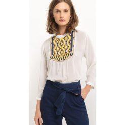 Koszulka z haftowaną naszywką i rękawami 3/4. Szare bluzki z odkrytymi ramionami marki La Redoute Collections, m, z bawełny, z kapturem. Za 150,11 zł.