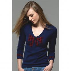 Sweter kaszmirowy w kolorze granatowym. Niebieskie swetry klasyczne damskie marki Ateliers de la Maille, z kaszmiru. W wyprzedaży za 454,95 zł.