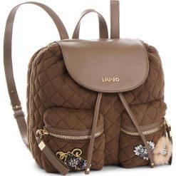 Plecak LIU JO - M Backpack Brentave N68062 T9093 Dark Olive 90822. Brązowe plecaki damskie Liu Jo, z materiału. Za 599,00 zł.