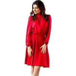 Sukienki balowe: Sukienka w kolorze czarwonym