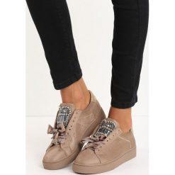 Beżowe Buty Sportowe Rebellious. Brązowe buty sportowe damskie marki NEWFEEL, z gumy. Za 59,99 zł.