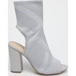Answear - Sandały Lisa. Szare sandały damskie na słupku marki ANSWEAR, z gumy. W wyprzedaży za 79,90 zł.