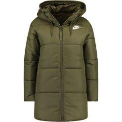 Nike Sportswear Płaszcz zimowy olive canvas/white. Czerwone płaszcze damskie zimowe marki Cropp, l. Za 509,00 zł.