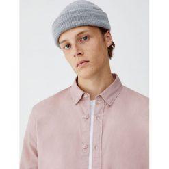 Koszula oxford z długim rękawem. Czerwone koszule męskie marki Pull&Bear, m. Za 69,90 zł.