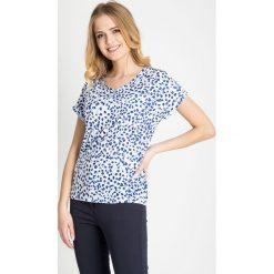 Bluzki damskie: Biała bluzka w niebieskie liście QUIOSQUE