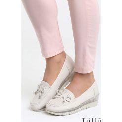 Beżowe Koturny Sparks. Brązowe buty ślubne damskie marki NEWFEEL, z gumy. Za 79,99 zł.