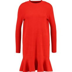 Sukienki dzianinowe: YAS YASMEDIA  Sukienka dzianinowa racing red
