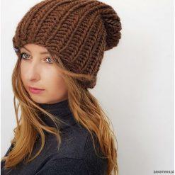 Czapki zimowe damskie: Brązowa czapka z wełny i alpaki na drutach