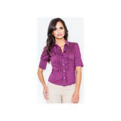 Koszula M025 Bakłażan. Fioletowe koszule wiązane damskie FIGL, m, z bawełny, eleganckie, z żabotem, z krótkim rękawem. Za 77,00 zł.