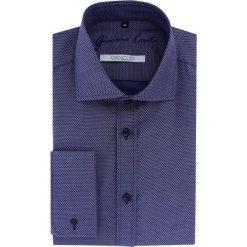 Koszula RICCARDO 15-08-13-K. Białe koszule męskie marki Giacomo Conti, m, z bawełny, z klasycznym kołnierzykiem. Za 229,00 zł.