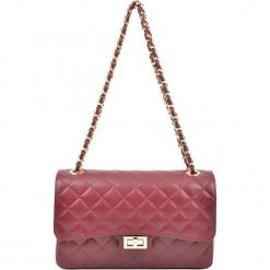 Skórzana torebka w kolorze czerwonym - (S)27,5 x (W)18 x (G)9 cm. Czerwone torebki klasyczne damskie Akcesoria na sylwestrową noc, z materiału, pikowane. W wyprzedaży za 279,95 zł.
