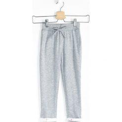 Chinosy chłopięce: Szare Spodnie Dresowe Pinup