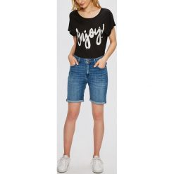 Lee - Szorty. Szare szorty jeansowe damskie marki Lee, casualowe, z podwyższonym stanem. W wyprzedaży za 199,90 zł.