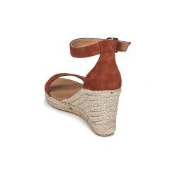 Sandały Betty London  INDALI. Brązowe sandały damskie marki Betty London. Za 299,00 zł.