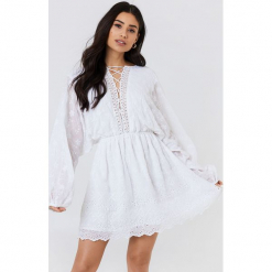 NA-KD Boho Koronkowa sukienka ze sznurowaniem - White. Niebieskie sukienki boho marki NA-KD Boho, na imprezę, w koronkowe wzory, z koronki, na ramiączkach, mini. Za 283,95 zł.