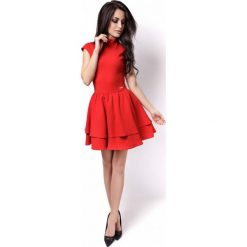 Czerwona Sukienka z Niewielką Stójką z Falbankami. Czerwone sukienki na komunię marki Molly.pl, na co dzień, l, z tiulu, z dekoltem na plecach, dopasowane. Za 219,00 zł.