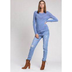Niebieski Sweter Waiting Time. Niebieskie swetry klasyczne damskie other, na jesień, l. Za 79,99 zł.