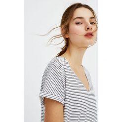 T-shirty damskie: Koszulka w paski z dekoltem w serek