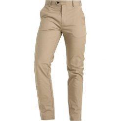 Burton Menswear London SLIM  Chinosy nat. Białe rurki męskie Burton Menswear London, z bawełny. Za 149,00 zł.