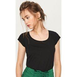 T-shirt z bawełny organicznej - Czarny. Czarne t-shirty męskie marki Reserved, m, z bawełny. Za 29,99 zł.